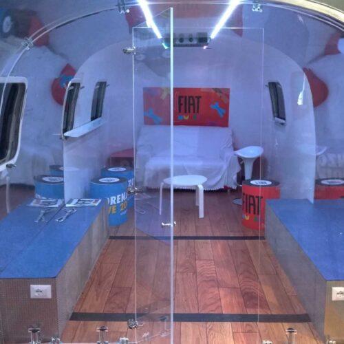jovanotti-live-tour-interno-caravan