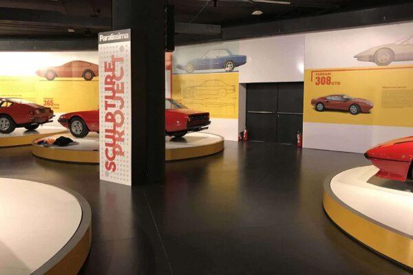 Museo-automobile-Torino-allestimento-interno-pannelli-informativi-paratissima-Ferrari-308-GTB